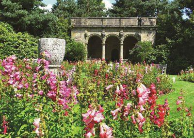 SE nymans garden
